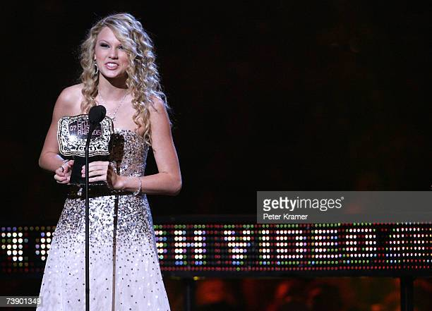 Singer Taylor Swift accepts the award for Breakthrough Video of the Year for the song Tim McGraw onstage at the 2007 CMT Music Awards at the Curb...