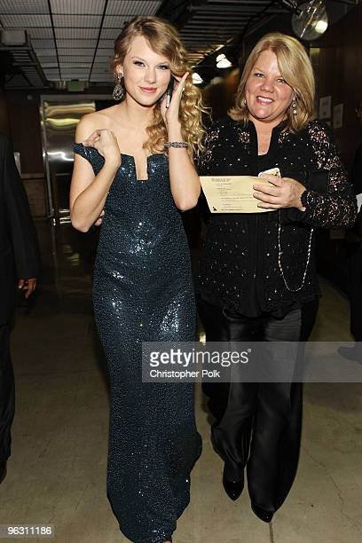 Singer Taylor Swift and her mom Andrea Swift backstage during the 52nd Annual GRAMMY Awards held at Staples Center on January 31 2010 in Los Angeles...