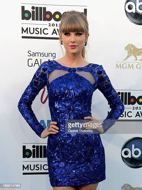Singer Taylor Swift arrives at the 2013 Billboard Music Awards at the MGM Grand Garden Arena on May 19 2013 in Las Vegas Nevada