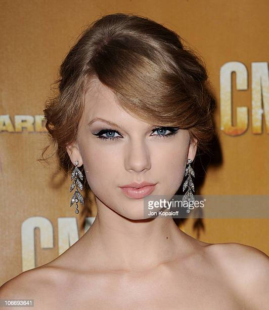 Singer Taylor Swift arrives at the 44th Annual CMA Awards at the Bridgestone Arena on November 10 2010 in Nashville Tennessee