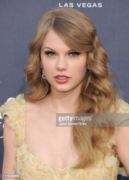 Singer Taylor Swift arrives at the 46th Annual Academy Of Country Music Awards RAM Red Carpet held at the MGM Grand Garden Arena on April 3 2011 in...