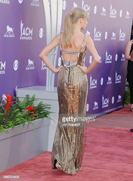 Singer Taylor Swift arrives at the 48th Annual Academy Of Country Music Awards at MGM Grand Garden Arena on April 7 2013 in Las Vegas Nevada