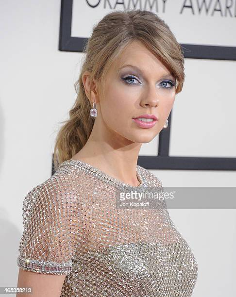 Singer Taylor Swift arrives at the 56th GRAMMY Awards at Staples Center on January 26 2014 in Los Angeles California