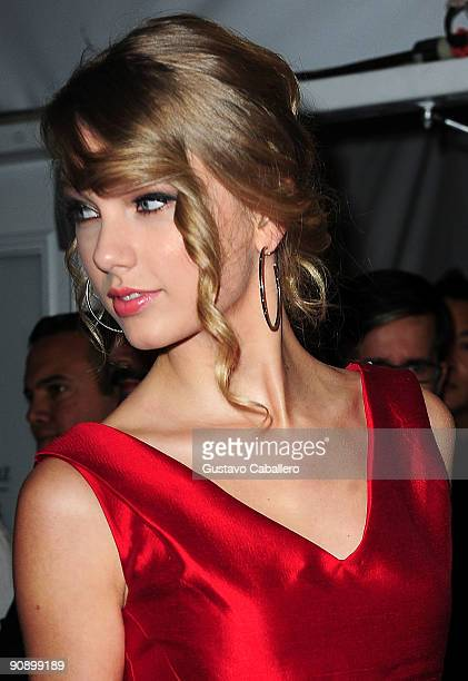 Singer Taylor Swift attends Fashion Week Spring 2010 presented by MercedesBenz at Bryant Park on September 17 2009 in New York City