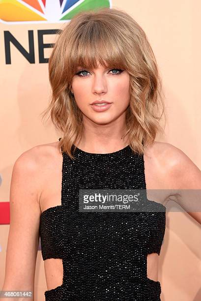 Singer Taylor Swift attends the 2015 iHeartRadio Music Awards which broadcasted live on NBC from The Shrine Auditorium on March 29 2015 in Los...