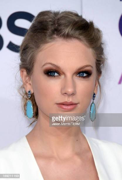Singer Taylor Swift attends the 39th Annual People's Choice Awards at Nokia Theatre LA Live on January 9 2013 in Los Angeles California