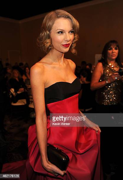 Singer Taylor Swift attends the 71st Annual Golden Globe Awards cocktail party held at The Beverly Hilton Hotel on January 12 2014 in Beverly Hills...