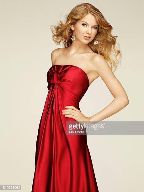 Singer Taylor Swift is photographed for People Magazine on December 10 2009 in New York City