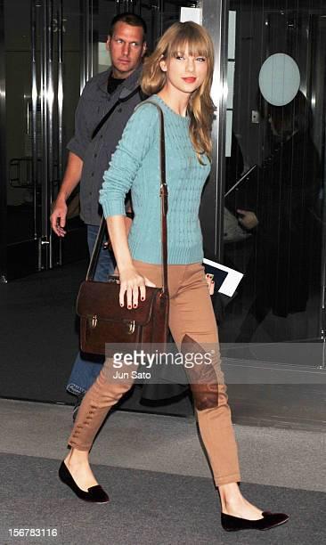 Singer Taylor Swift is seen upon arrival at Narita International Airport on November 21, 2012 in Narita, Japan.