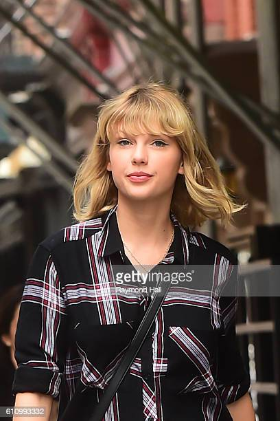 Singer Taylor Swift is seen walking in Soho on September 28 2016 in New York City