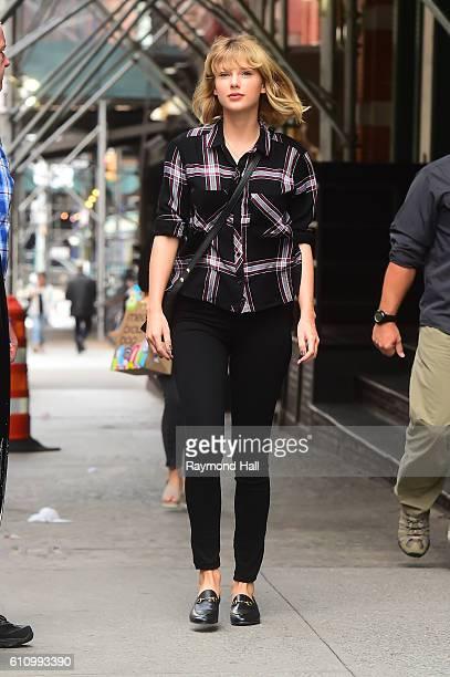 Singer Taylor Swift is seen walking in Soho on September 28 2016 in New York City