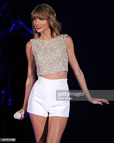 Singer Taylor Swift performs onstage during CBS Radio's We Can Survive at the Hollywood Bowl on October 24 2014 in Los Angeles California