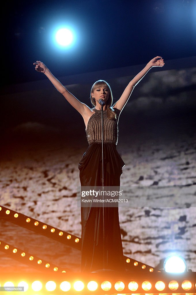 Singer Taylor Swift performs onstage during the 48th Annual Academy of Country Music Awards at the MGM Grand Garden Arena on April 7, 2013 in Las Vegas, Nevada.