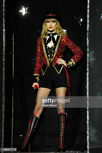 Singer Taylor Swift performs onstage during the MTV EMA's 2012 at Festhalle Frankfurt on November 11 2012 in Frankfurt am Main Germany