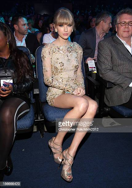 Singer Taylor Swift poses in the audience at the 40th American Music Awards held at Nokia Theatre LA Live on November 18 2012 in Los Angeles...