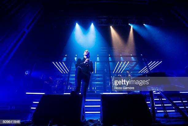 Singer Theo Hutchcraft of the British band Hurts performs at O2 Academy Glasgow on February 11 2016 in Glasgow Scotland