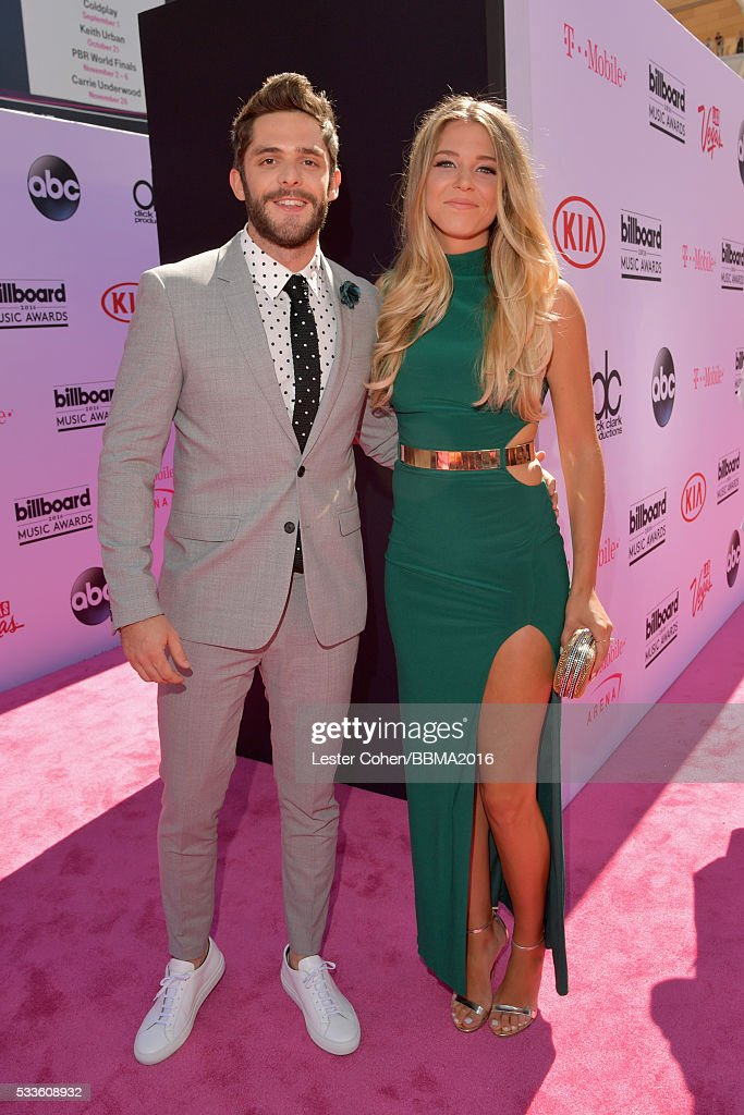 Singer Thomas Rhett And Lauren Gregory Akins Attend The 2016