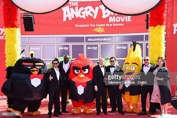 Singer Timur Rodriguez actor Omar Sy producer John Cohen actors Josh Gad Maccio Capatonda and TV presenter Raya Abirached attend The Angry Birds...