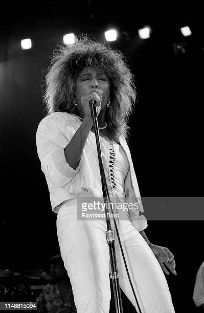 Singer Tina Turner performs at the Rosemont Horizon in Rosemont Illinois in January 1986