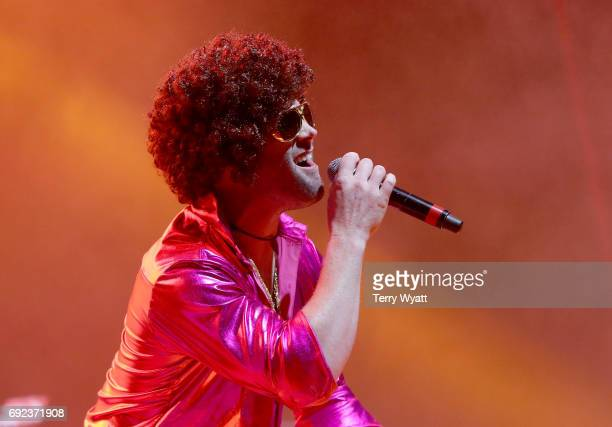 Singer Todd O'Neill performs onstage during the Nashville Disco Party Benefiting Alzheimer's Association on June 4 2017 in Nashville Tennessee
