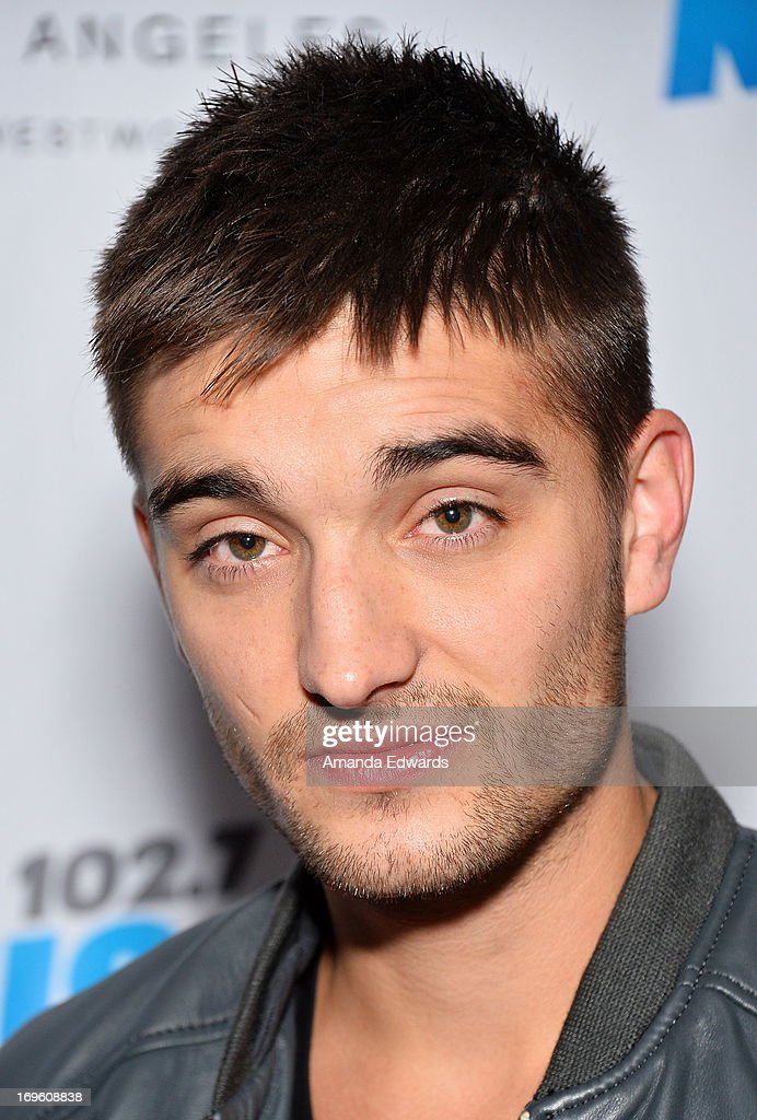 """102.7 KIIS FM And E! Host Viewing Party For The Premiere Of """"The Wanted Life"""""""