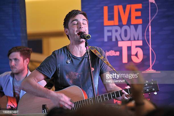 Singer Tom Parker of the band The Wanted performs during JetBlue's Live From T5 Concert Series at John F Kennedy International Airport on August 22...