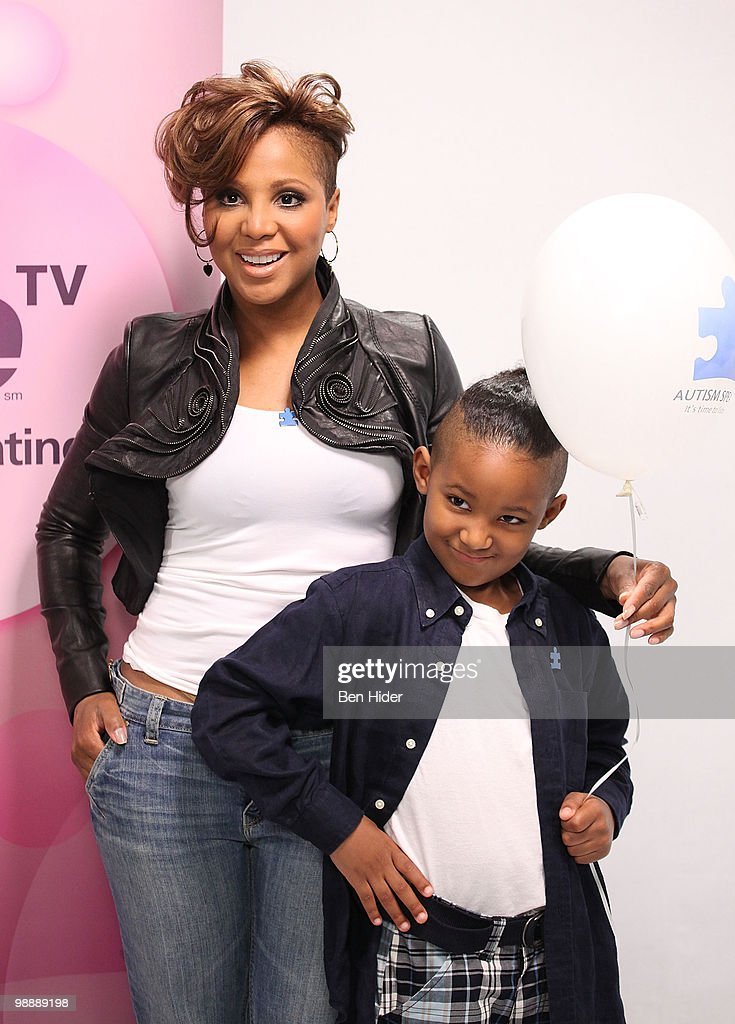 "Toni Braxton Film's ""We Volunteers"" Public Service Announcement : News Photo"