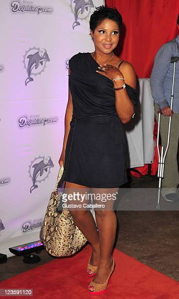 Singer Toni Braxton arrives at the Miami Dolphins versus the New England Patriots game at Sun Life Stadium on October 4, 2010 in Miami, Florida.
