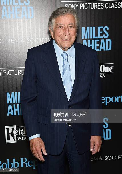 Singer Tony Bennett arrives at the screening of Sony Pictures Classics' 'Miles Ahead' hosted by The Cinema Society with Ketel One and Robb Report at...