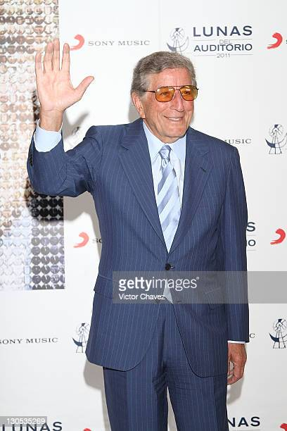 Tony Bennett Launches His New Album Duets 2 Pictures and