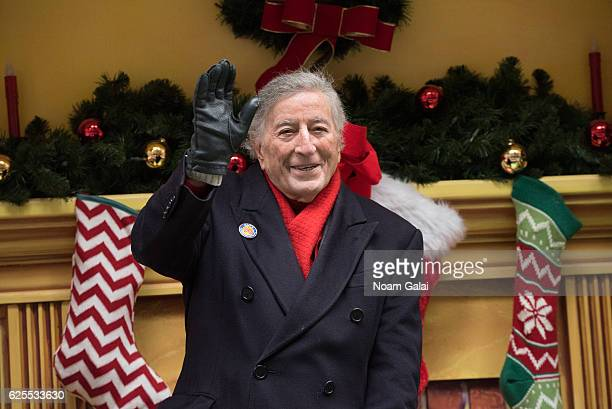 Singer Tony Bennett attends the 90th Annual Macy's Thanksgiving Day Parade on November 24 2016 in New York City