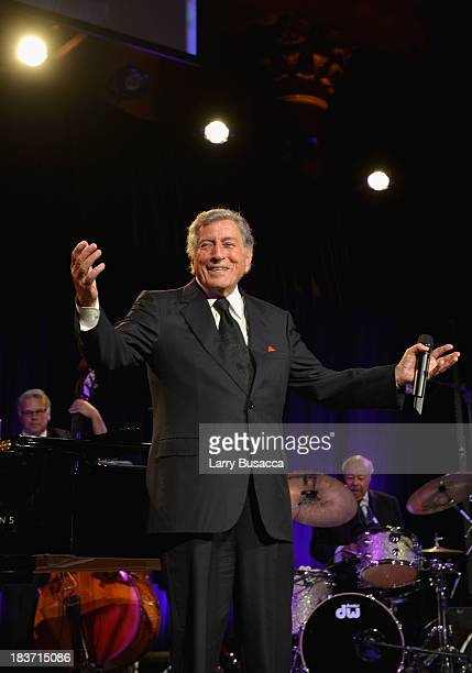 Singer Tony Bennett performs onstage at Exploring the Arts Gala to support arts education in public high schools at Cipriani Wall Street on October 7...