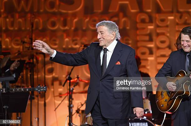 Singer Tony Bennett performs onstage during Stand Up To Cancer's New York Standing Room Only presented by Entertainment Industry Foundation with...