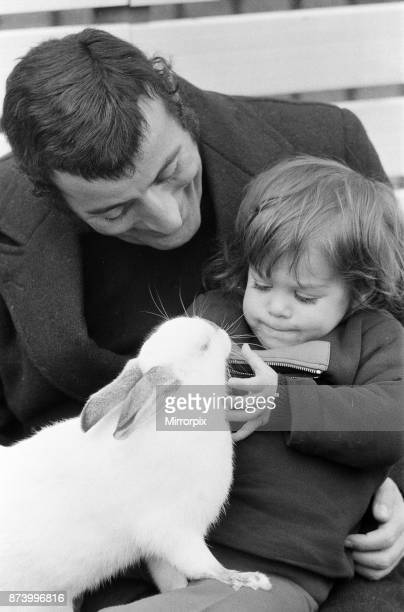 Singer Tony Bennett with his daughter Joanna at London Zoo 14th January 1972