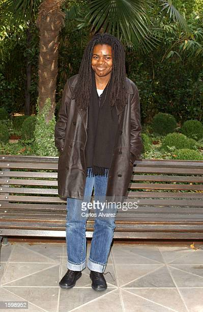 "Singer Tracy Chapman attends the Spanish promotion of her new album, ""Let it Rain"" at Santo Mauro Hotel November 8, 2002 in Madrid, Spain."