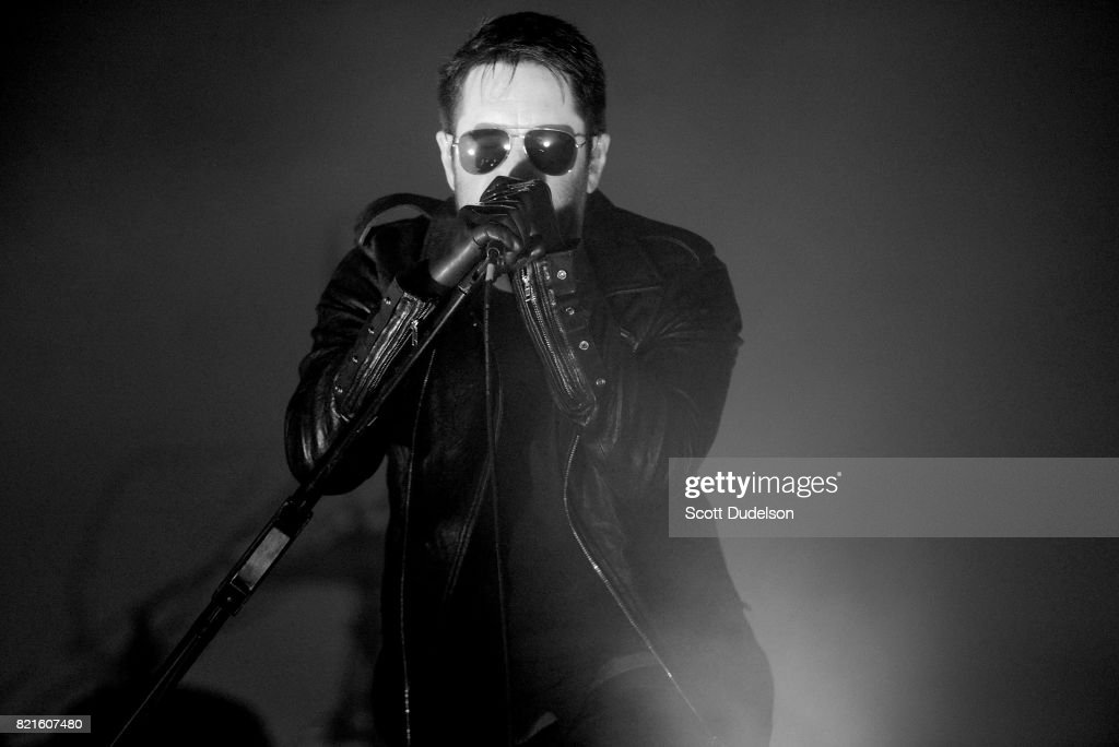Trent Reznor Photos – Pictures of Trent Reznor | Getty Images