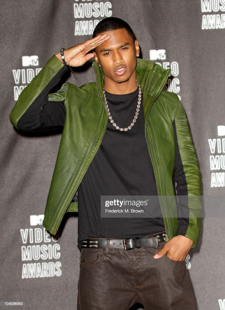 SInger Trey Songz poses in the press room during the MTV Video Music Awards at NOKIA Theatre L.A. LIVE on September 12, 2010 in Los Angeles, California.