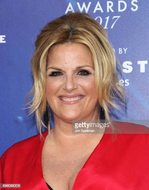 Singer Trisha Yearwood attends the 2017 Fragrance Foundation Awards at Alice Tully Hall Lincoln Center on June 14 2017 in New York City