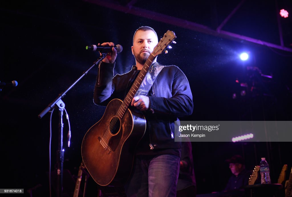 Singer Tyler Farr performs at Marathon Music Works on March 13, 2018 in Nashville, Tennessee.