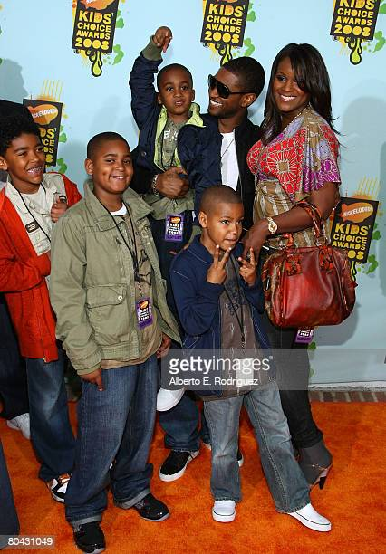 Singer Usher and guests arrives at Nickelodeon's 2008 Kids' Choice Awards held at UCLA's Pauley Pavilion on March 29 2008 in Westwood California