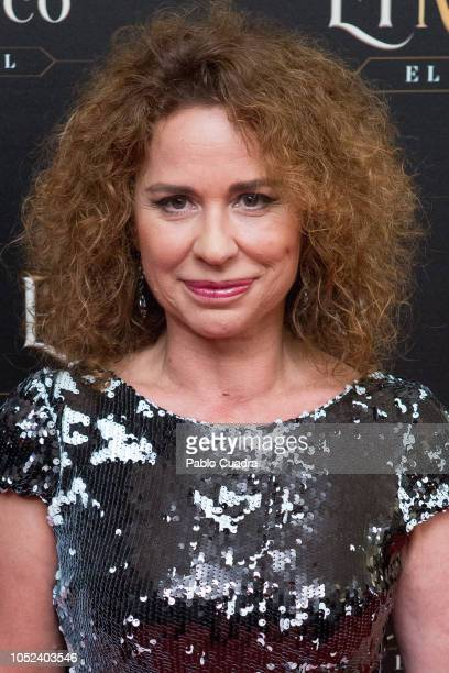 Singer Vicky Larraz attends 'El Medico' musical premiere at the Nuevo Apolo Teather on October 17 2018 in Madrid Spain