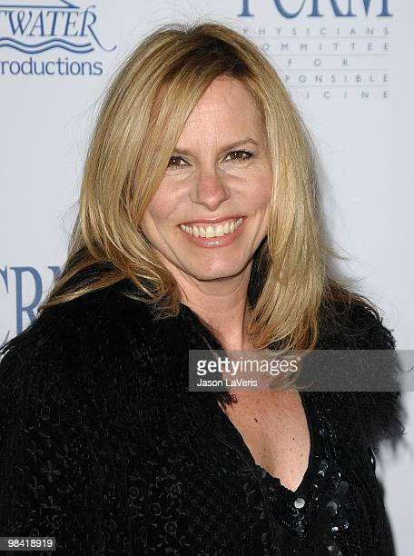 Singer Vonda Shepard attends the Art Of Compassion PCRM 25th anniversary gala at The Lot on April 10, 2010 in West Hollywood, California.