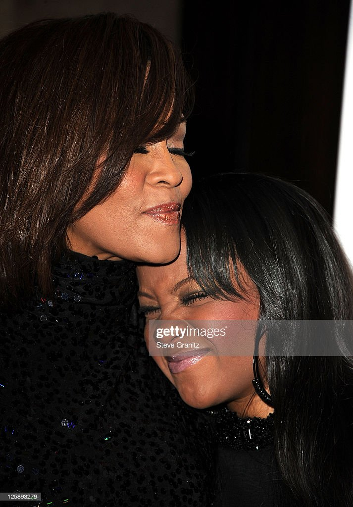 Clive Davis And The Recording Academy's 2011 Pre-GRAMMY Gala And Salute To Industry Icons Honoring David Geffen - Arrivals : News Photo