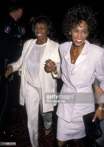 Singer Whitney Houston and mother Cissy Houston attend the Frank Bruno vs Mike Tyson Heavyweight Boxing Match on February 25 1989 at the Las Vegas...
