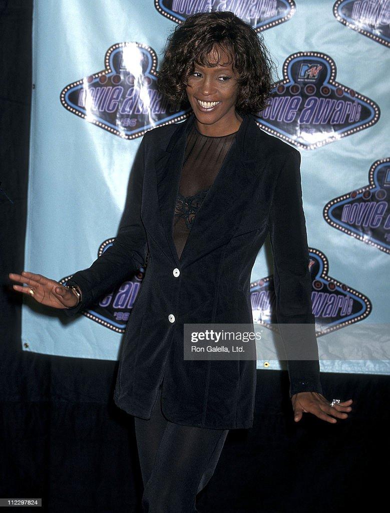 Fifth Annual MTV Movie Awards - Press Room : News Photo