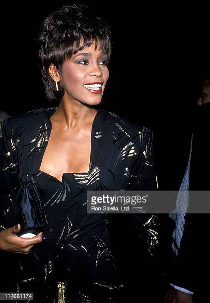 "Singer Whitney Houston attends the United Negro College Fund's 10th Annual ""Lou Rawls Parade of Stars"" Telethon Kick-Off Party on November 15, 1989..."