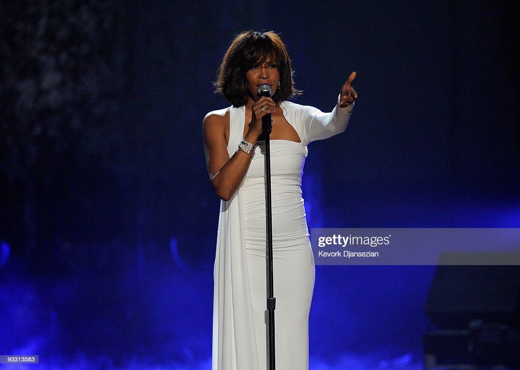 2009 American Music Awards - Show : News Photo