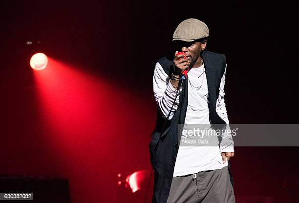 Singer yasiin bey performs in concert at The Apollo Theater on December 21 2016 in New York City
