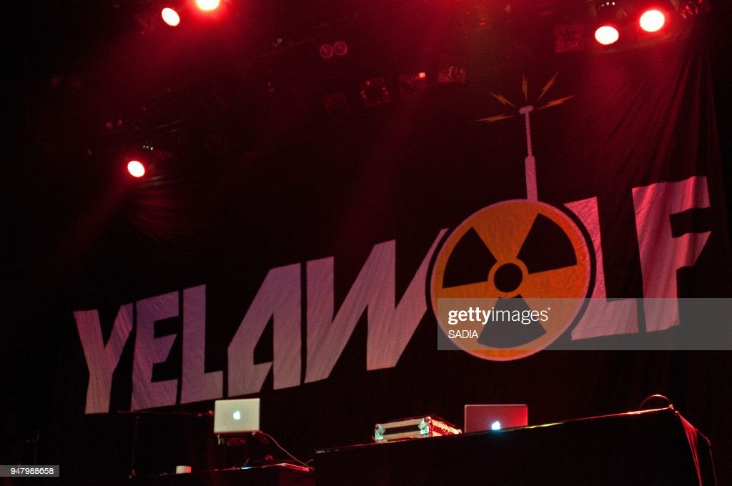 Yelawolf Perfoms On Stage At La Cigale Paris, France : News Photo