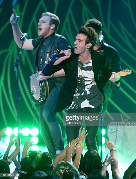 Singer Zac Barnett of American Authors performs onstage at Nickelodeon's 27th Annual Kids' Choice Awards at USC Galen Center on March 29 2014 in Los...